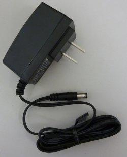 画像1: AC電源アダプタ(5V, 2A)
